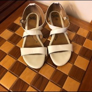 Sofft small wedge sandal